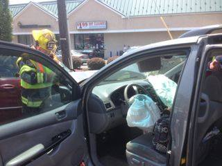 Although authorities report that accident victims sustained only minor injuries, the force of the collision was enough to deploy the vehicle airbags. Credit: Curt Hudson.