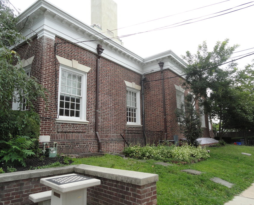 The exterior of the Haddonfield library, facing Tanner Street, would be expanded another 2,000 square feet if the plan carries. Credit: Matt Skoufalos.