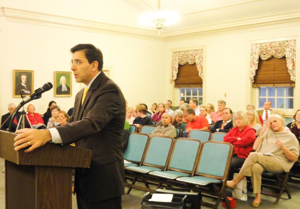 Salvatore Siciliano, attorney for opponents of the Warwick Rd. subdivision, addresses the Haddonfield planning board. Credit: Matt Skoufalos.
