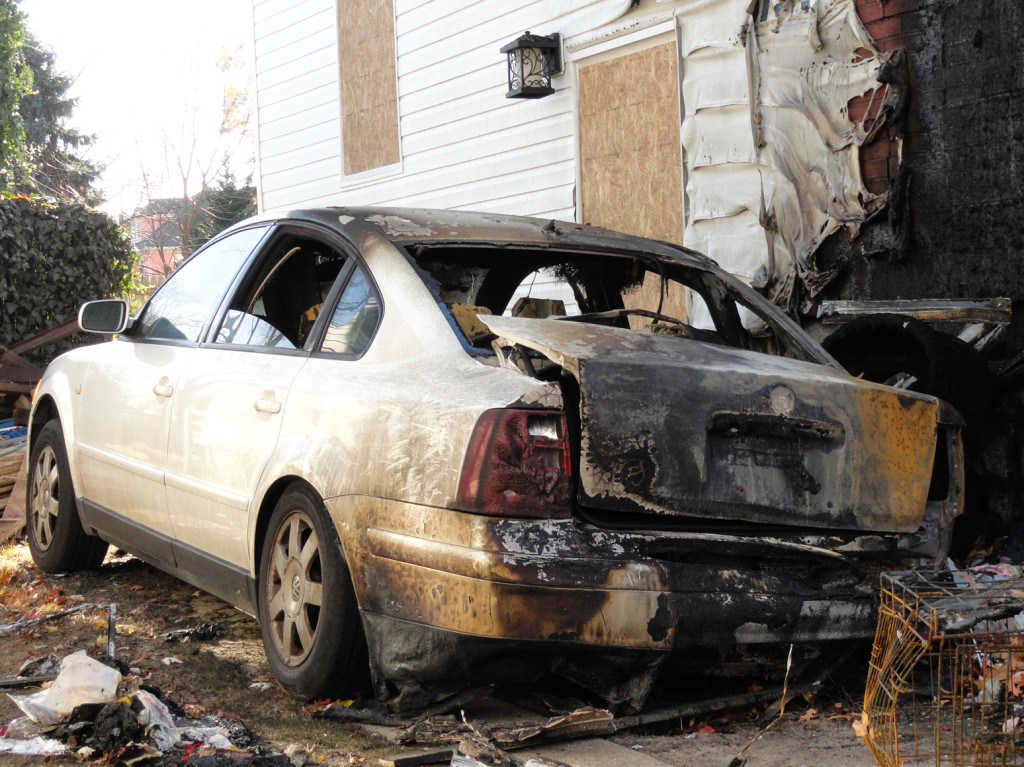A vehicle that was damaged by the fire on Oriental Ave. Credit: Matt Skoufalos.