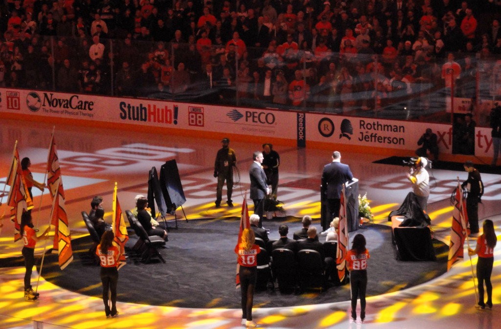 LeClaire and Lindros were inducted into the Philadelphia Flyers Hall of Fame. Credit: Matt Skoufalos.