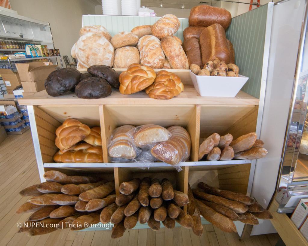 Bread from Metropolitan Bakery at Local Market. Credit: Matt Skoufalos.