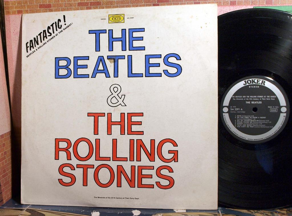 Beatles Rolling Stones Bootleg. Credit: Steve: https://goo.gl/ZIRDVR.