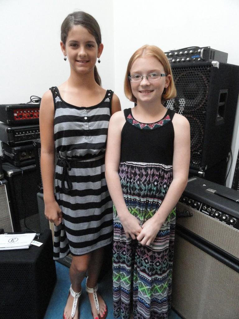 Victoria Stone (L) and Kayla Cox. Credit: Matt Skoufalos.