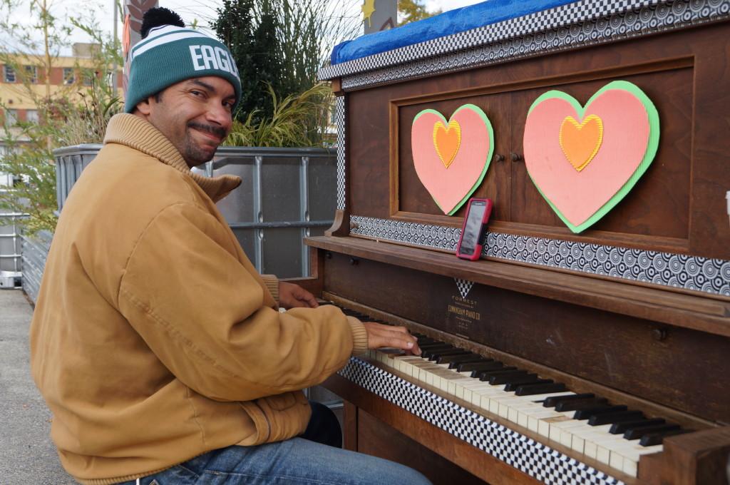 Roosevelt Plaza Park piano. Credit: Joe Sikora.
