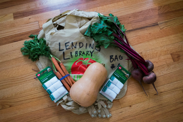 Collingswood Farmers Market Lending Library bag. Credit: Tricia Burrough.