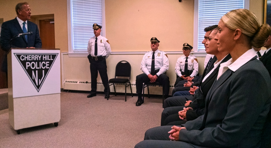 Cherry Hill Mayor Chuck Cahn addresses police recruits. Credit: Matt Skoufalos.