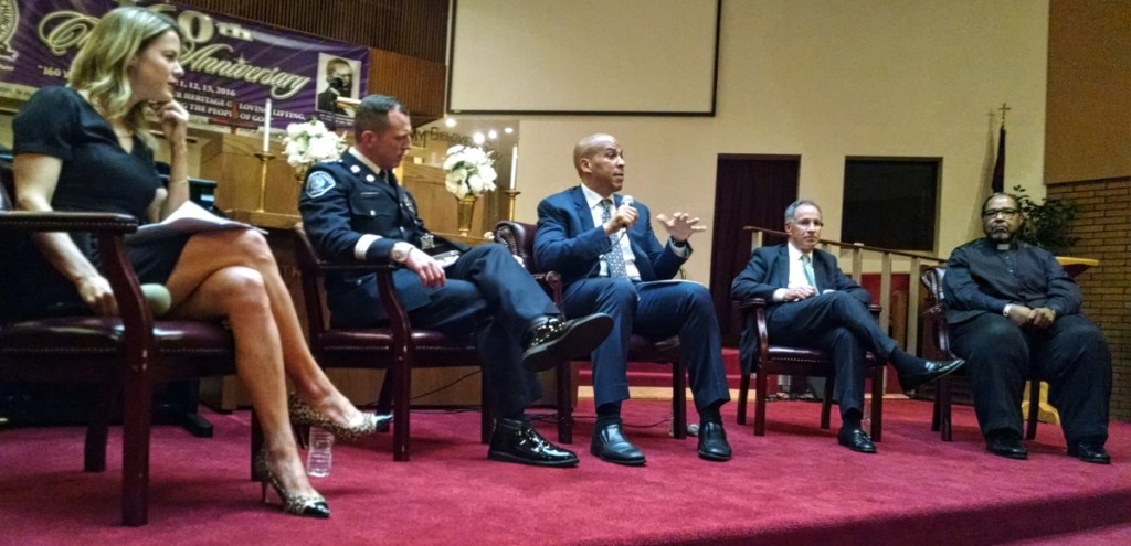 From left: Alexandria Hoff, Scott Thomson, Cory Booker, Paul Fishman, William Heard. Credit: Matt Skoufalos.