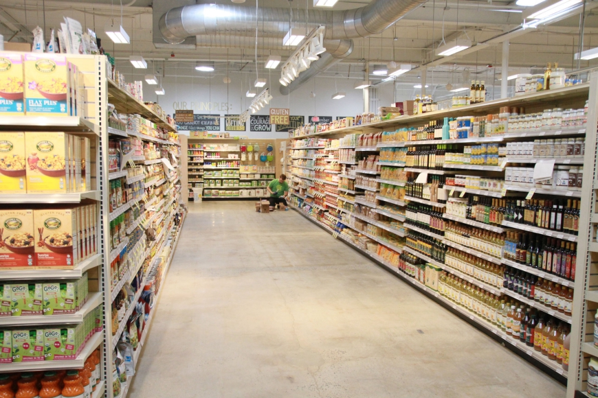 Aisles at MOM's Organic Market are intentionally wider than standard for ease of shopping. Credit: Rob Smith.