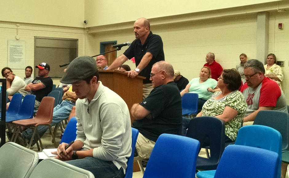 Oaklyn Mayor Robert Forbes addresses the crowd at the borough BOE meeting. Credit: Matt Skoufalos.