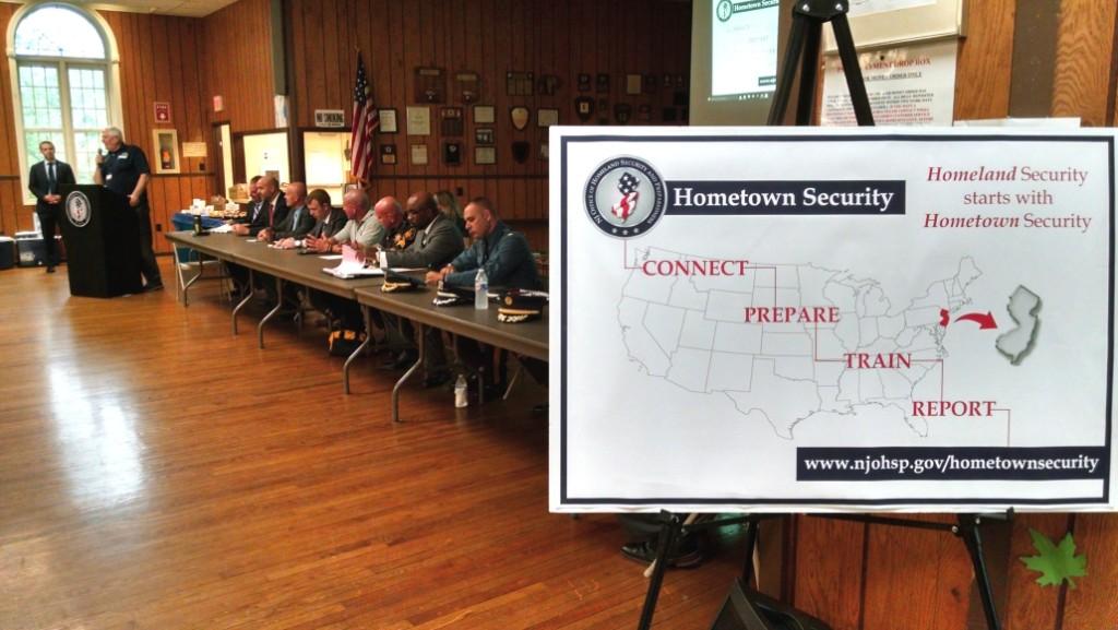 Homeland security discussion in Camden City. Credit: Matt Skoufalos.