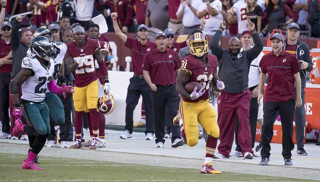 Redskins running back Matt Jones torched the Eagles defense for 135 yards, including this game-sealing scamper. Credit: Keith Allison: https://goo.gl/Yfqk56