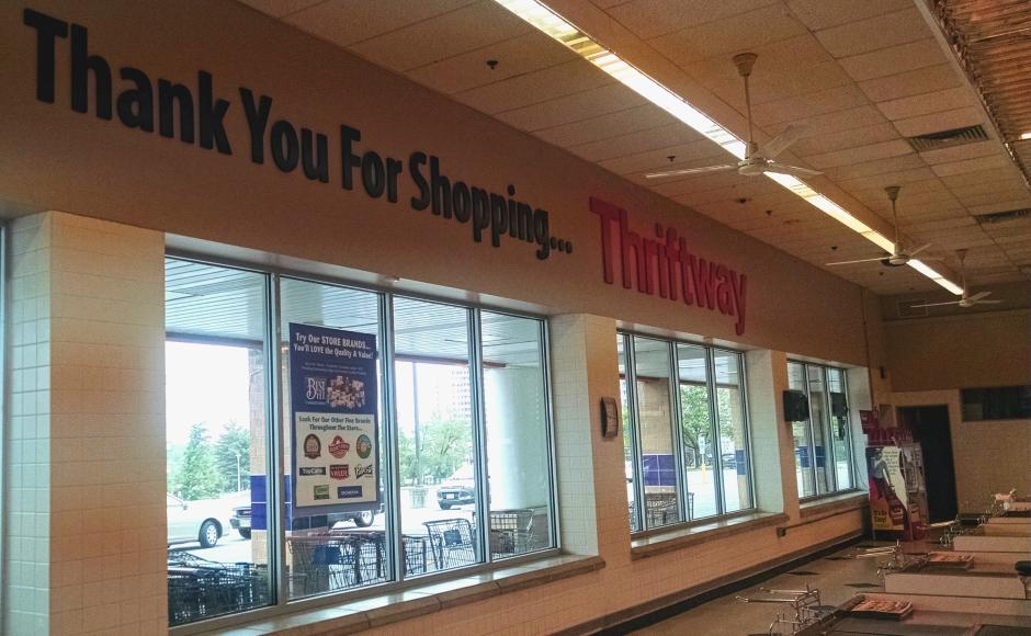 Check-out aisle at the Crystal Lake Thriftway store. Credit: Matt Skoufalos.