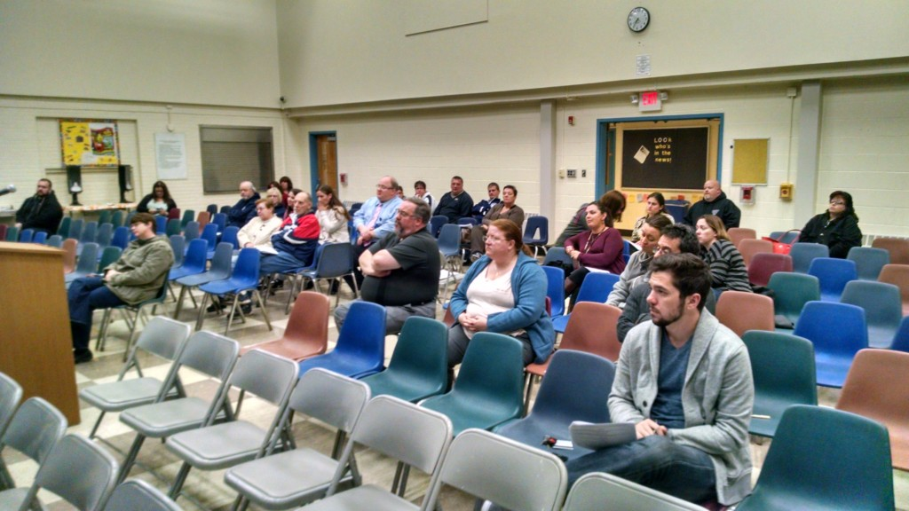Oaklyn residents voice their thoughts about what options the school district might have for fiscal sustainability. Credit: Matt Skoufalos.