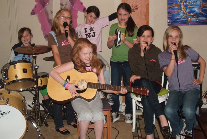 Oaklyn kids band at Studio LuLoo. Credit: Sara O'Brien.