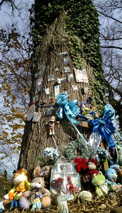 Makeshift memorial to Brendan Creato on South Park Drive in Haddon Township. Credit: Matt Skoufalos.